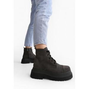 Серые замшевые ботинки женские демисезонные