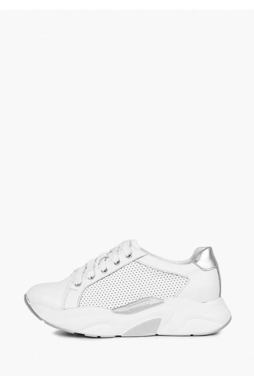 Белые кожаные кроссовки с серебряными дополнениями