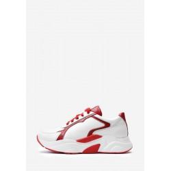 Стильные белые кожаные кроссовки с красными вставками