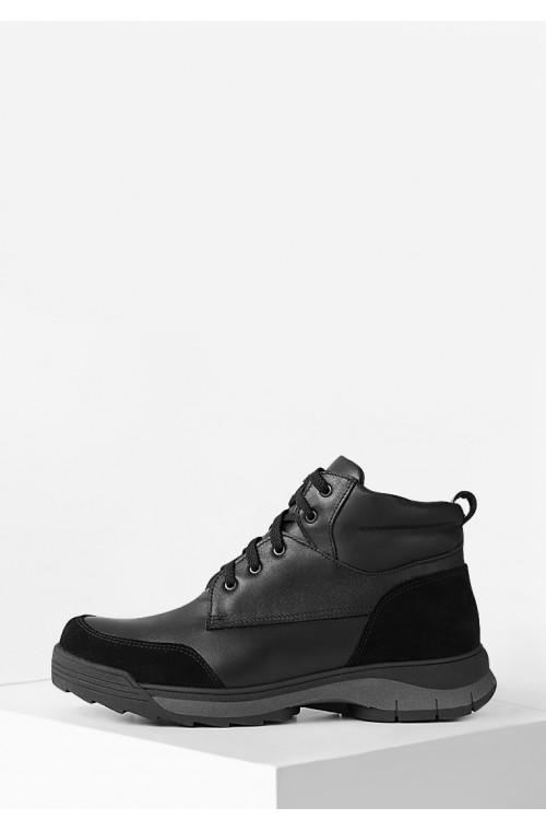 Черные мужские ботинки на меху из натуральной кожи на нескользкой подошве