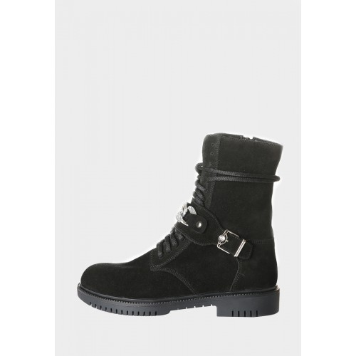 Черные замшевые ботинки с ремешком