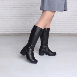 Кожаные зимние сапоги на устойчивом каблуке