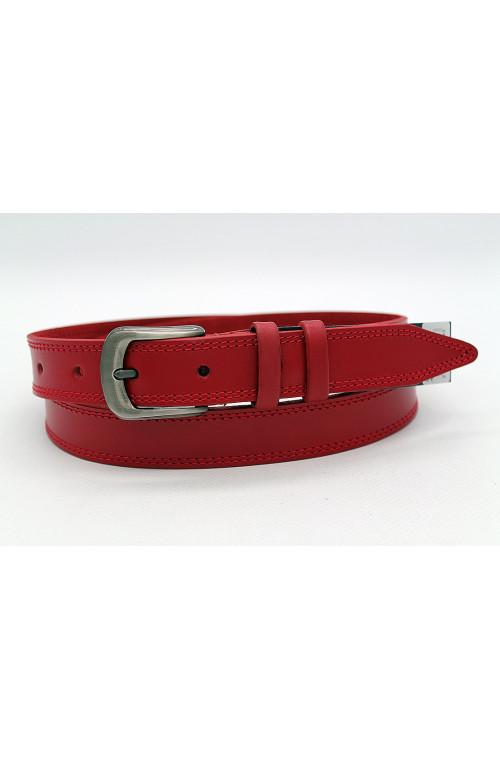 Кожаный красный ремень с декоративными строчками