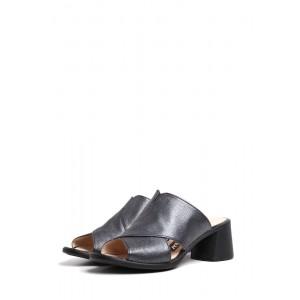 Кожаные сабо на невысоком каблуке