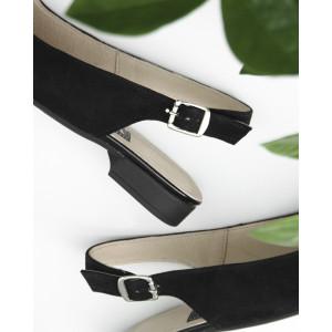 Черные замшевые босоножки с закрытым носком на маленьком каблуке