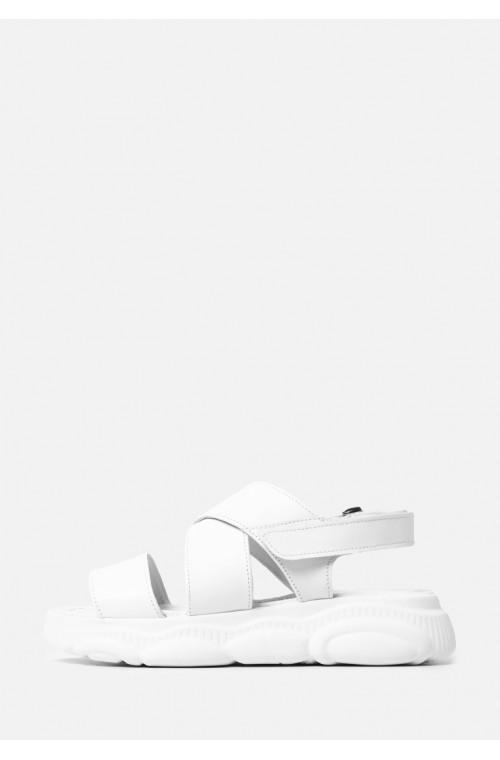 Белые кожаные босоножки в спортивном стиле