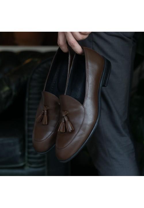 Кожаные лоферы коричневого цвета