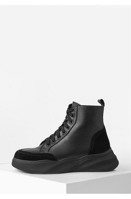 Зимние кожаные ботинки с замшевыми вставками