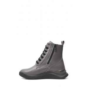 Серые кожаные ботинки спортивного стиля