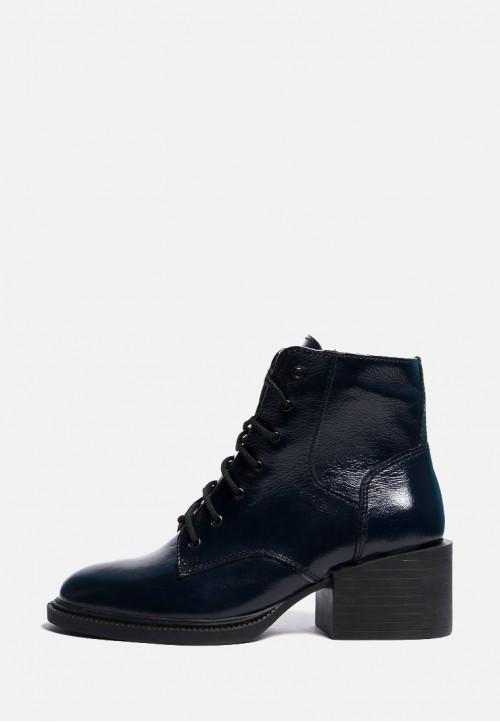 Зимние лаковые ботинки на широком каблуке