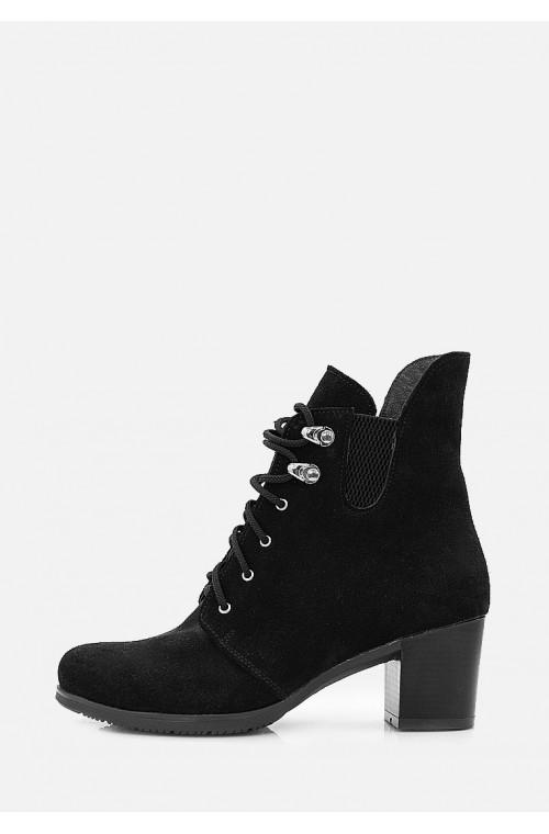 Замшевые классические женские ботинки на небольшом каблуке