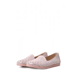 Туфли на низком ходу из натуральной кожи с перфорацией