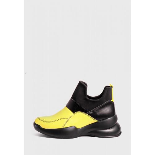 Яркие высокие кроссовки без шнурков