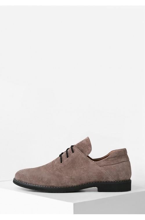 Женские замшевые туфли коричневого цвета